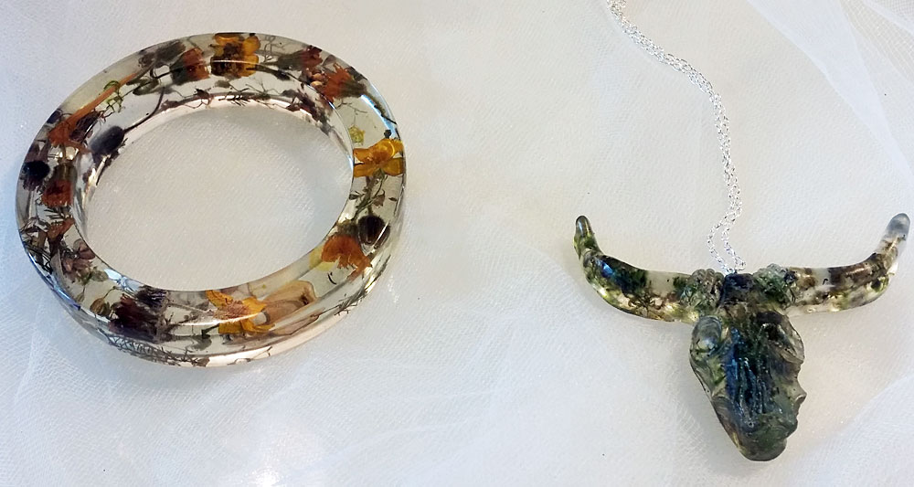 Resin Bracelet and Resin Bull Necklace